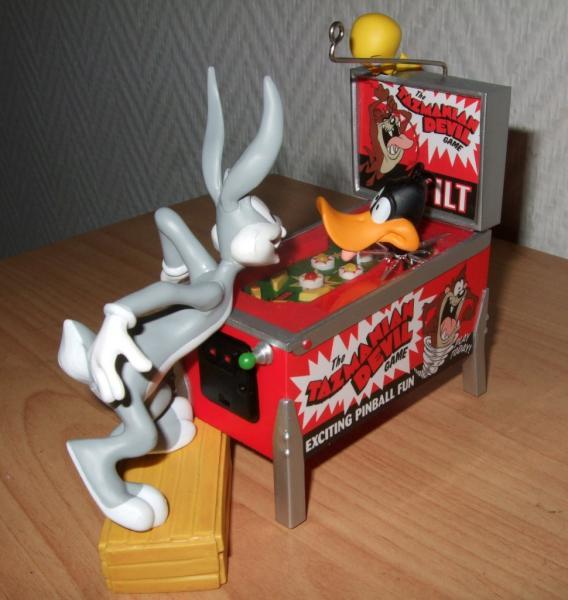 Looney-002-1024.jpg