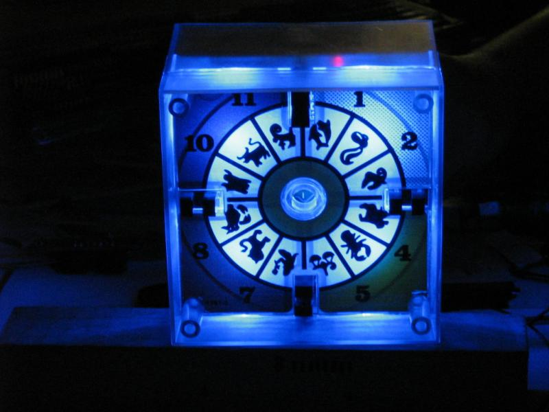 clock-with-blue-Fluxxies.JPG