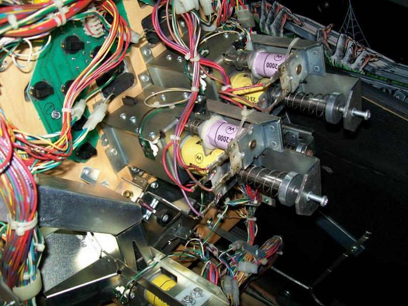 dessous-plateau-mecanisme-furets.jpg